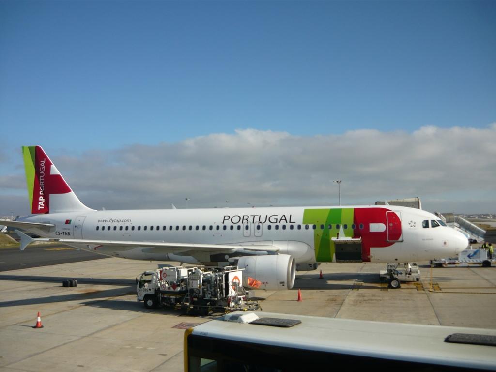 Самолет Португальских авиалиний
