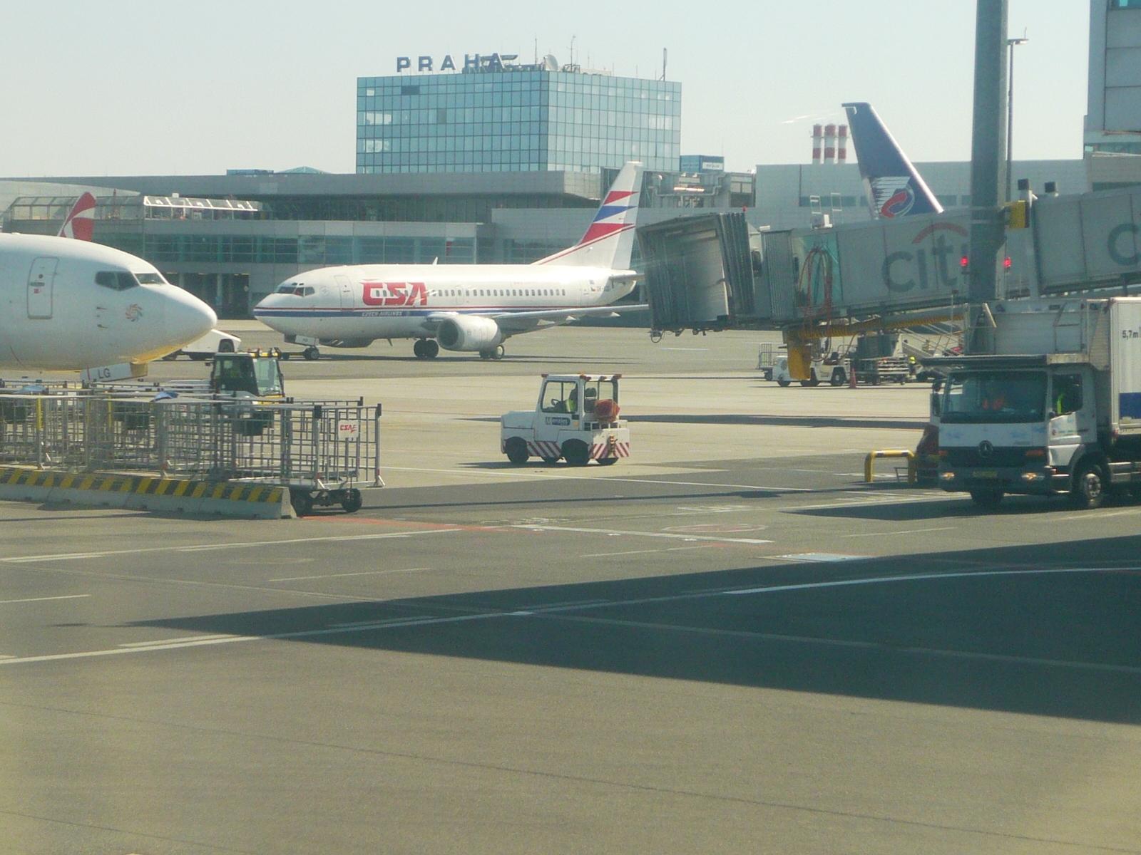 Сколько стоит билет на самолет: Билеты на самолет москва ош