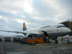 Самолет авиакомпании Lufthansa Пулково width=