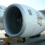 фото двигатель самолета Эмирейтс