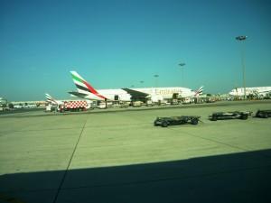 Фотография: Самолет авиакомпании Emirates 777-200 www.air-agent.ru